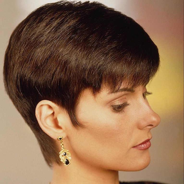 Виды стрижек женских на короткие волосы